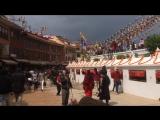 Катманду. Центр города. Самая большая ступа в городе.