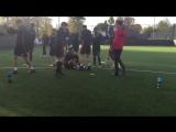 Блогер финтом уничтожил игрока футбольной академии