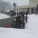 Пробки в Петербурге и блэкаут во Владимире: как снегопад влияет на жизнь россиян