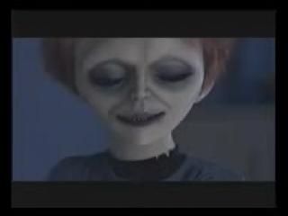 Seed_of_Chucky_-_Tiffany's_Doll_Death