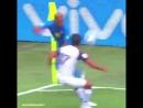 Неймар вчера под конец матча с Коста-Рикой начал куражится!