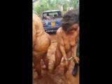 Камерунский пастор и две замужние женщины решили замутить тройничек