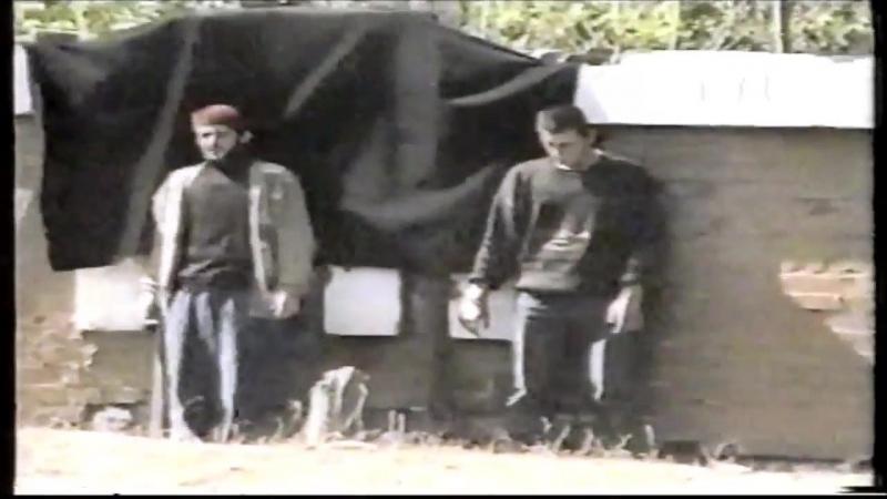 Исполнение смертного приговора Шариатским судом в де-факто независимой Ичкерии. Сентябрь 1997 г.