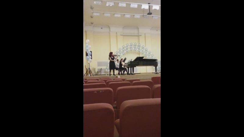 Северное ожерелье.Концертмейстерская номинация.Иванова Вероника.15 лет.