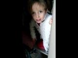 Lucie dans l'armoire pt. 1