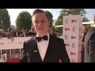 We have spotted the handsome Joe Cole on the red carpet showing off his best poses in his suit! BAFTATV joecole swagger