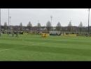 Der @BVB macht das 10 im U17-Derby gegen @s04!