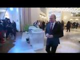 Путин проголосовал и ответил на вопросы журналистов