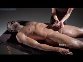 Тантрический массаж члена до оргазма (hegre, cfnm, handjob, cumshot, massage, dick, penis, jerking,terapy,эякуляция,мастурбация)