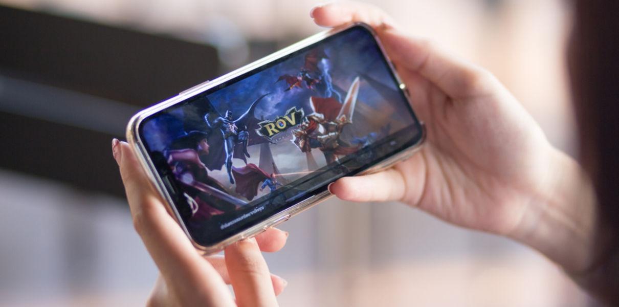 Подростки, часто пользующиеся смартфонами, страдают от СДВГ в два раза чаще сверстников