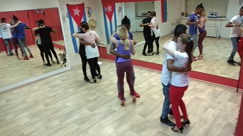 Kizomba clases escuela cuba dance