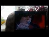 My cat sings