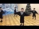 Танец Воронят исполняют воспитанники подготовительной группы №2 Богатыри (педагоги - Морозова М.И., Лобачева Т.В.)