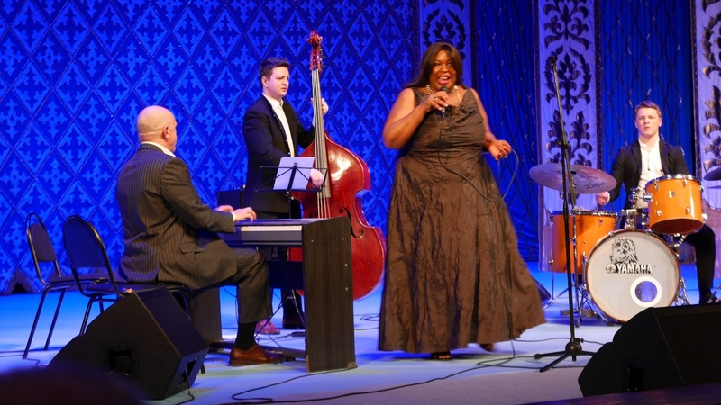 Fly me to the moon Michelle Walker and Alexey Cheremizov's quartet live in Uralsk 4K