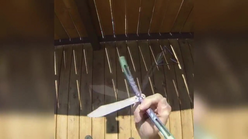 Трюки с ножом-бабочкой