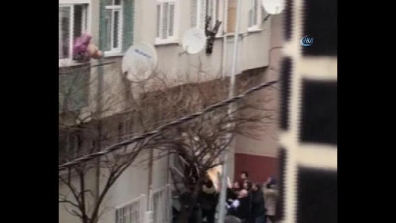 В Стамбуле 95-летний пожилой человек по имени Х.Ю. хотел покончить с собой, потому что он - бремя для детей.