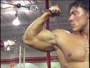 Bodybuilder Denis Sergovskiy biceps curls