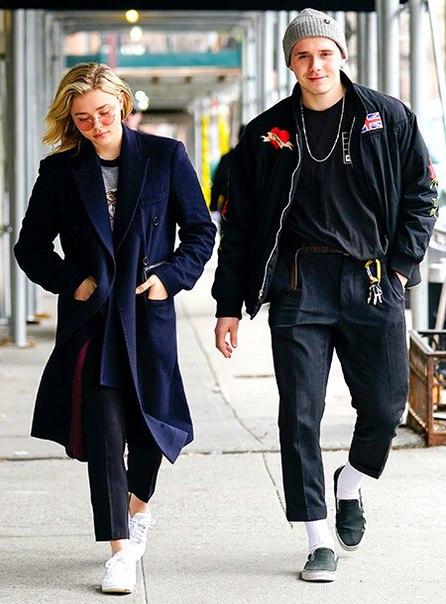 Молодые, красивые, влюбленные - за эту пару можно только порадоваться.