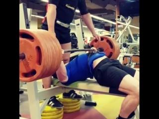 Александр Бабин - жим лежа 270 кг (94,5 кг)