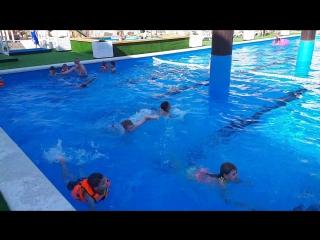 тренировка в бассейне отряд 1