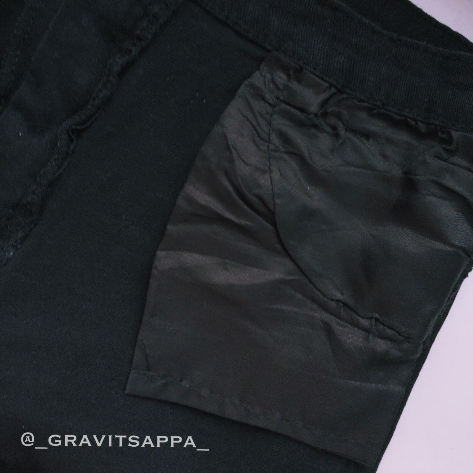 Черные джинсы которые хорошо сели бренда Colrovie Я просто ликую потому что получить джинсы без примерки которые не свал