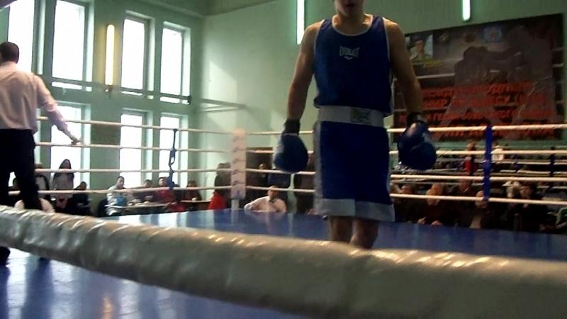 Финал второй подгруппы взрослых 69 кг Памяти Арсенова,Донецк(Влад в синем углу)