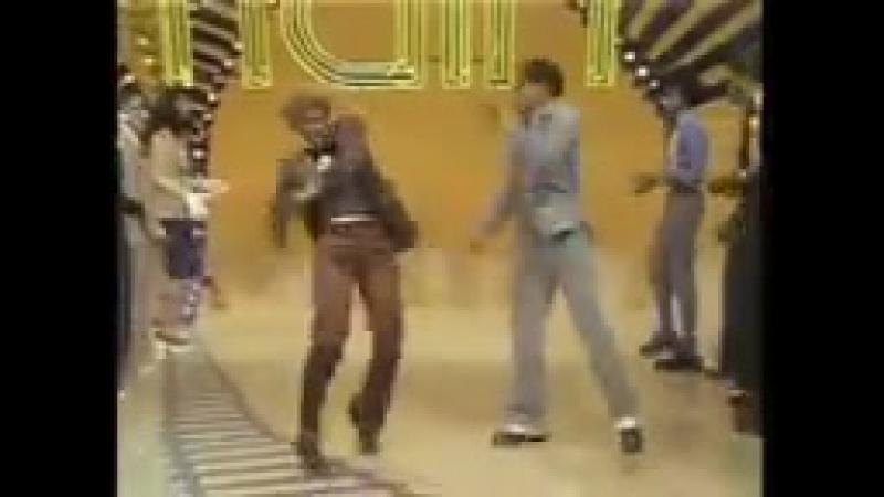Papa Was A Rolling Stone (Original Soul Train Vemix)_144p.mp4