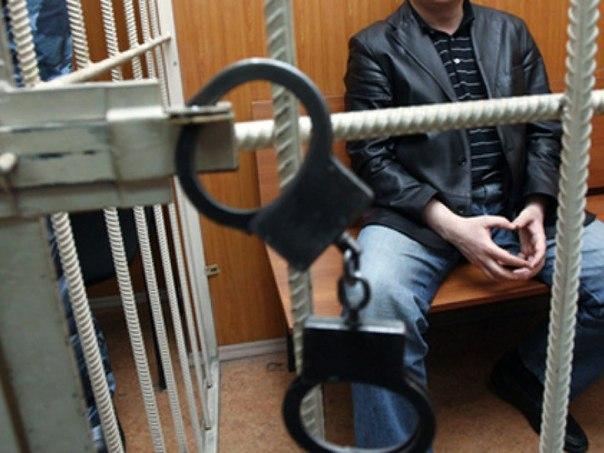 При задержании мужчины проходивший мимо подросток получил пулевое ранение.