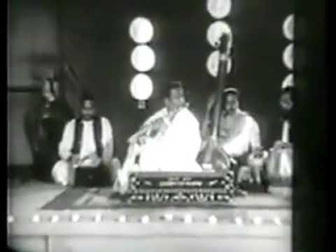 Pandit pannalal ghosh playing flute 1st time in video