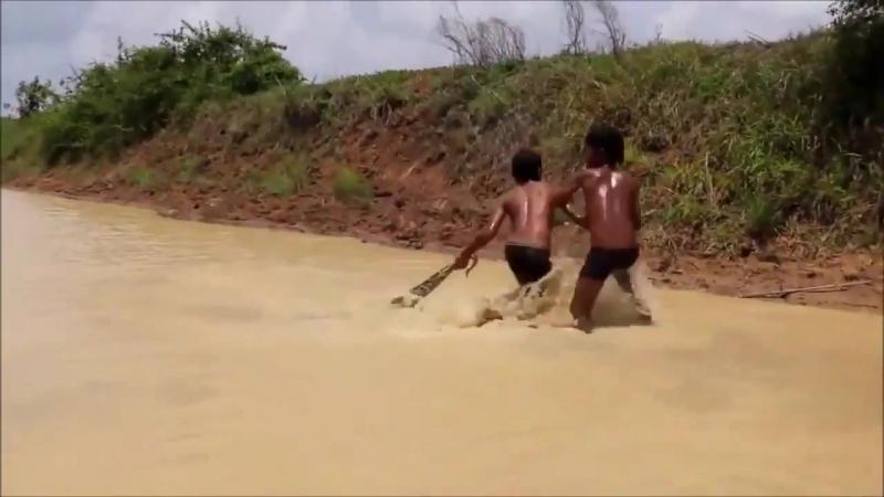 Суровые камбоджийские дети:)