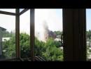 Славянск.8 июня,2014.Обстрел частного сектора.Попадание в Купеческий дом Андреевский.