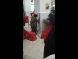 #онжеребенок в магазине