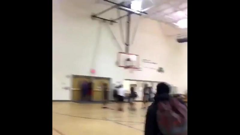 Basketball Vine 392