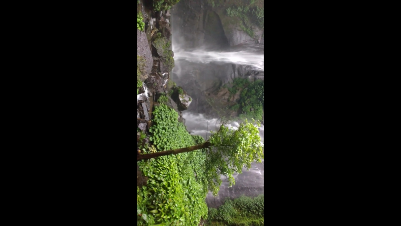 Бали. Водопад Секумпул (Sekumpul Waterfall)