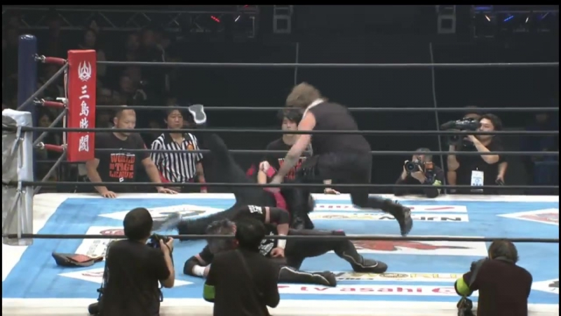 Крис Джерико атаковал Кенни Омегу на NJPW World Tag League