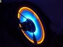 Неоновая подсветка колёс велосипеда.