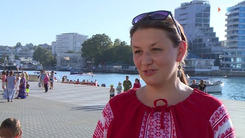 В Севастополе состоялся флешмоб «Хороводы Мира»