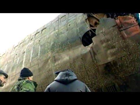 Поводная лодка в мутной воде Курск