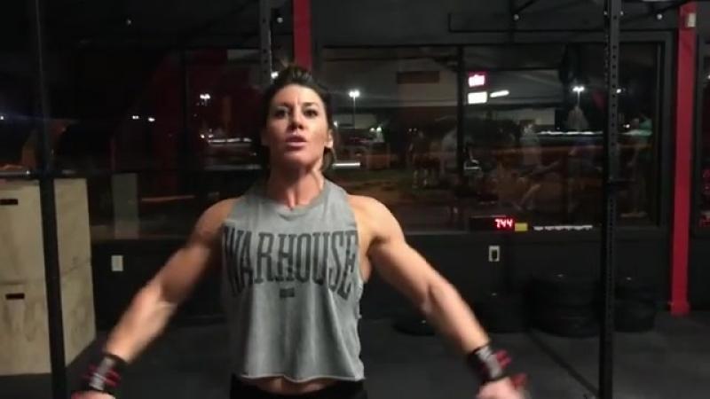 Dana Linn Bailey Shoulders Workout (instagram 2018)