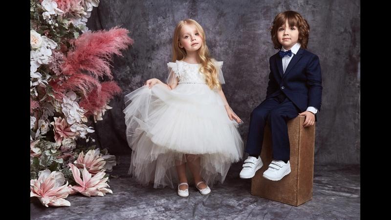Лукбук дебютной коллекции Valentin Yudashkin Kids осень зима 2018