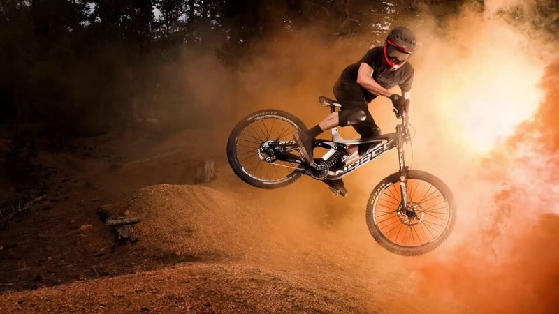 Photographing Extreme Down Hill Mountain Biking With Aaron Anderson