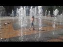 фонтаны в Балаково. детишки резвяться