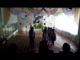 выступление детей на смотре строевой песни. 2018 год. Командир Позднякова Катя