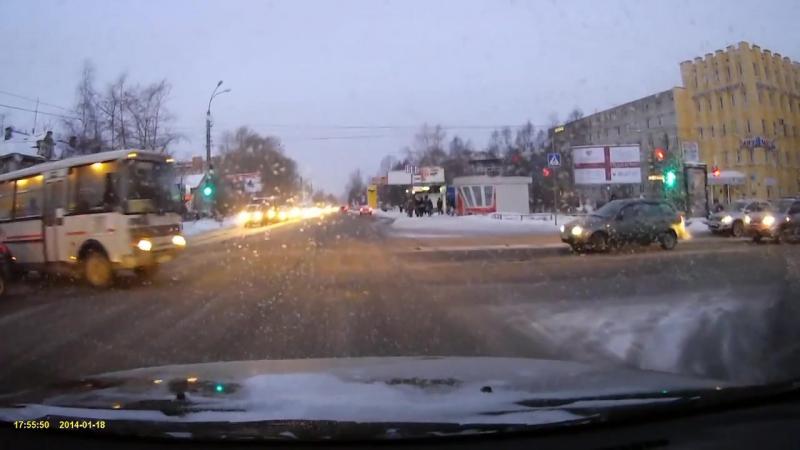 Автобус на красный. Архангельск