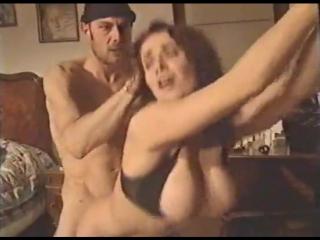 porno-kuni-lizat-zhopu