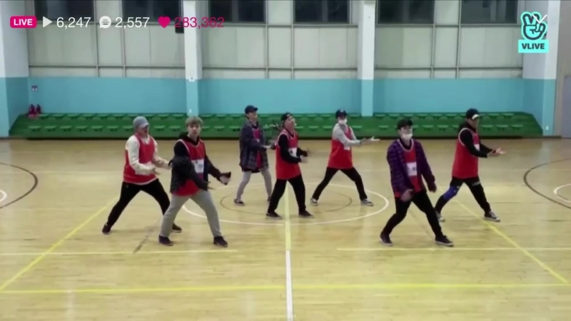 """더 유닛 The Unit- short preview of Euijin's Team """"Question"""" dance practice"""