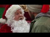 Its Always Sunny in Philadelphia - Charlie attacks Santa