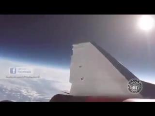 НЛО пролетело рядом с самолетом