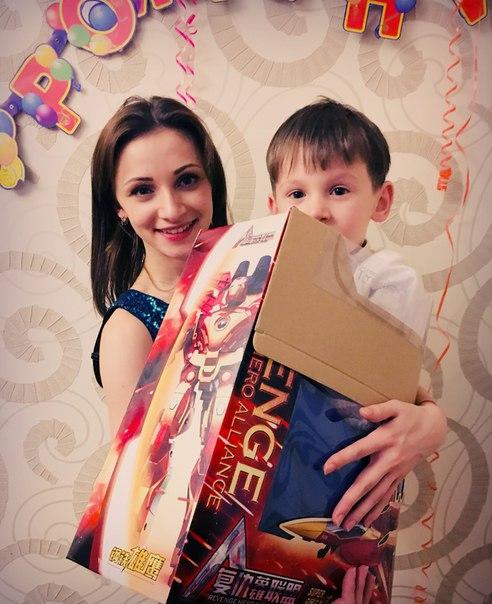 Эро фото леси лекечук, рисованная эротика мамочки