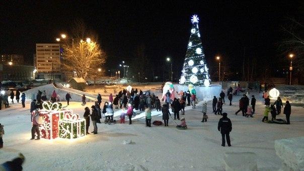 Снежный городок в Усть-Илимске